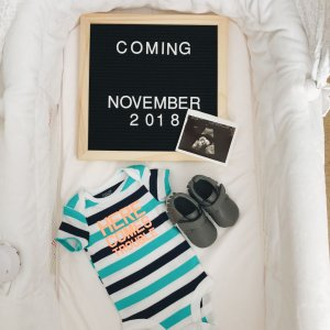hello-brittnee-pregnancy-announcement