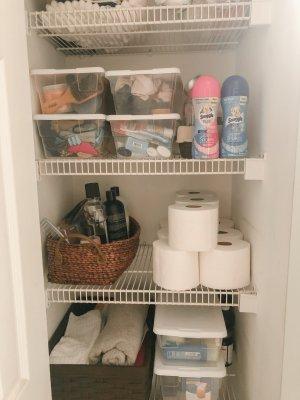 hello-brittnee-snuggle-linen-closet