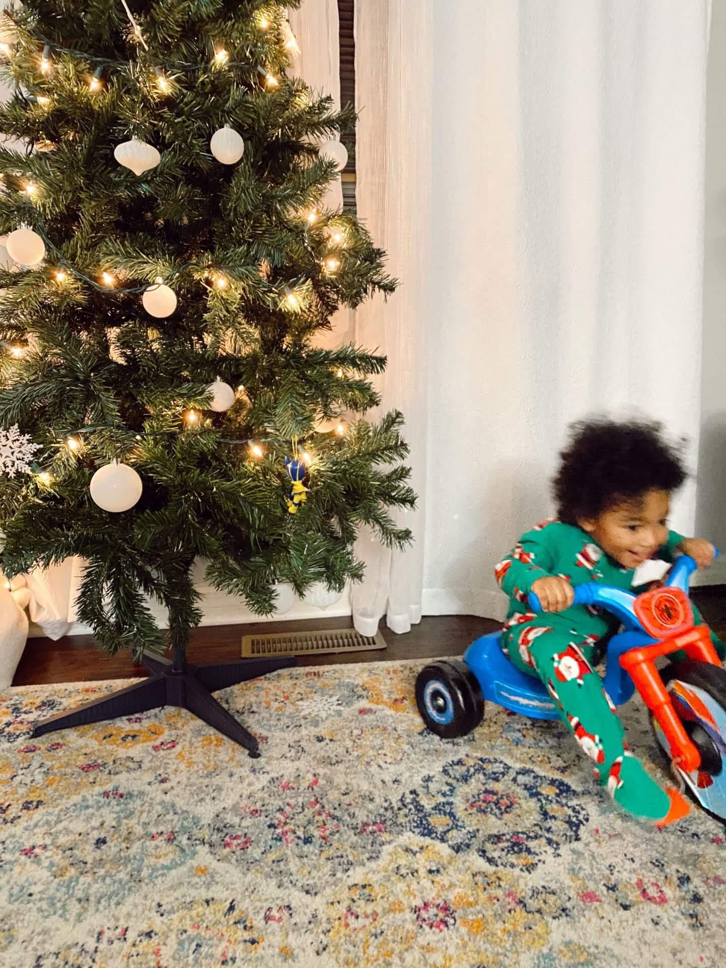 hello-brittnee-toddler-holiday-activities