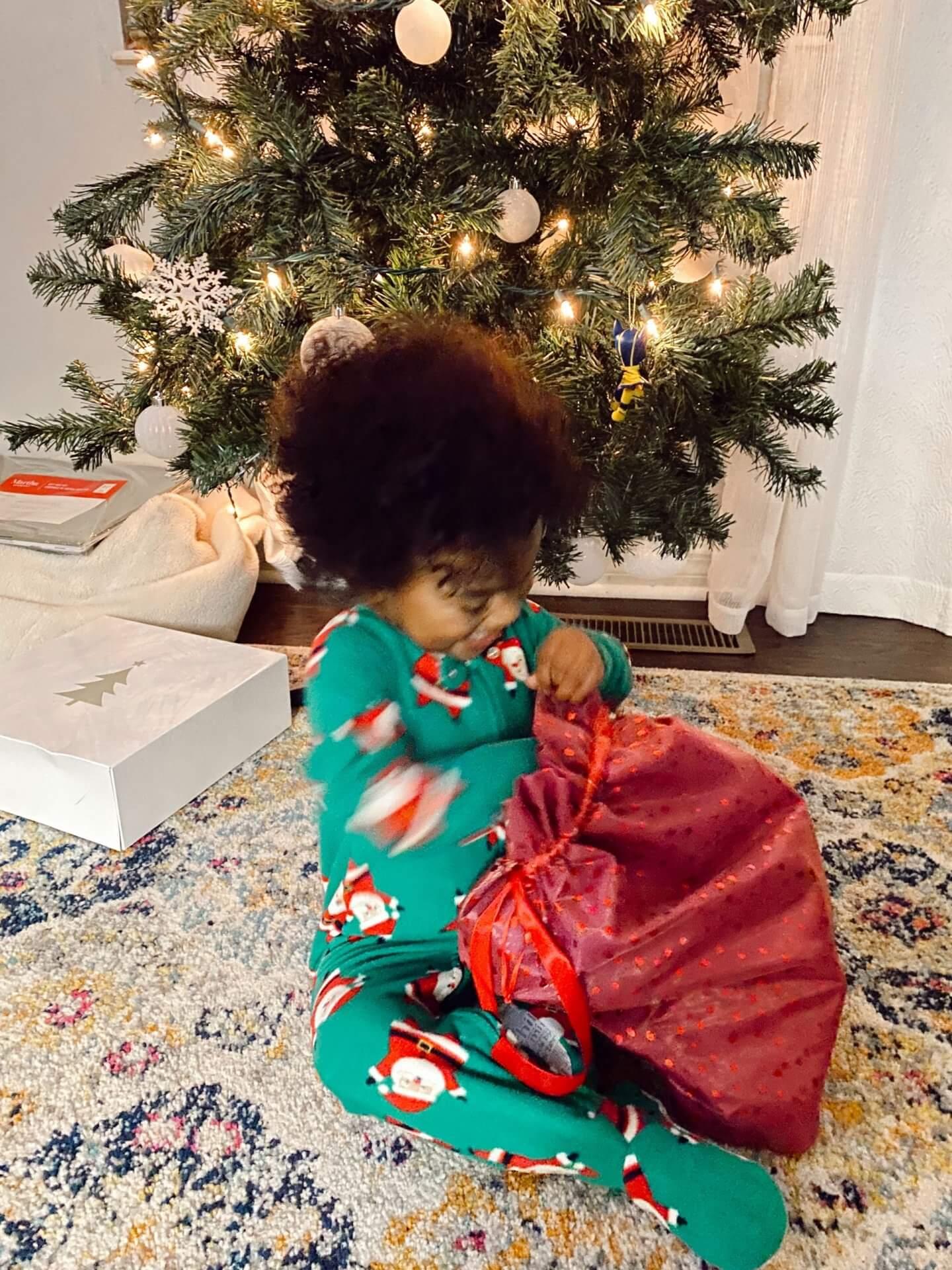 hello-brittnee-holiday-activities-toddler